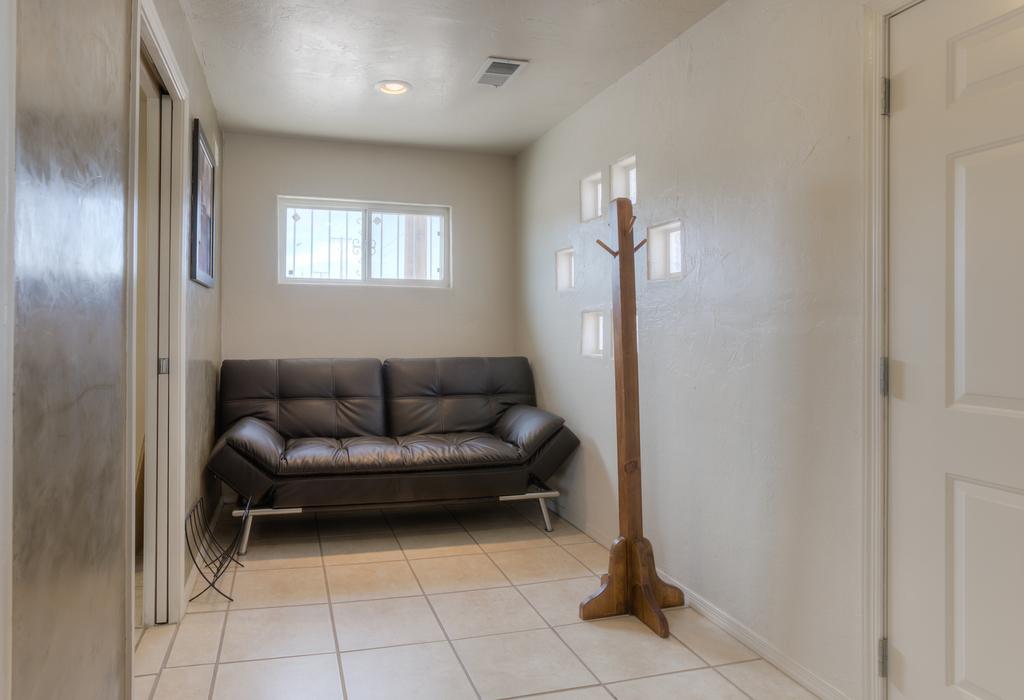 1216 5th Street NW Albuquerque, NM 87102