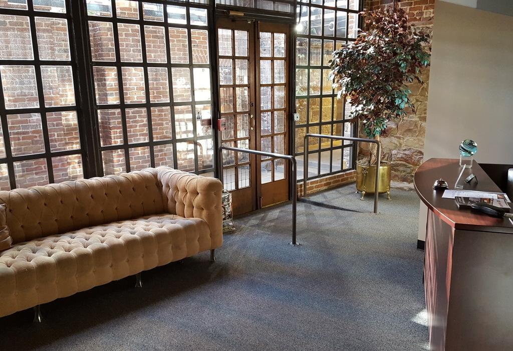 1350 17th St, Suite 101 Denver, CO 80202