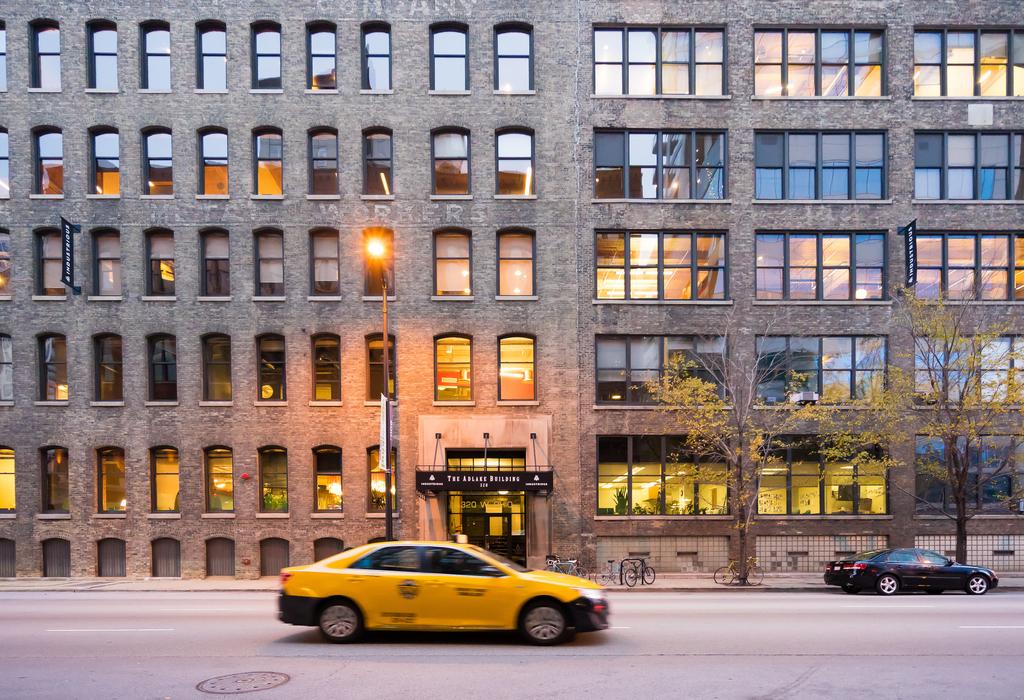 320 W Ohio St Chicago, IL 60654