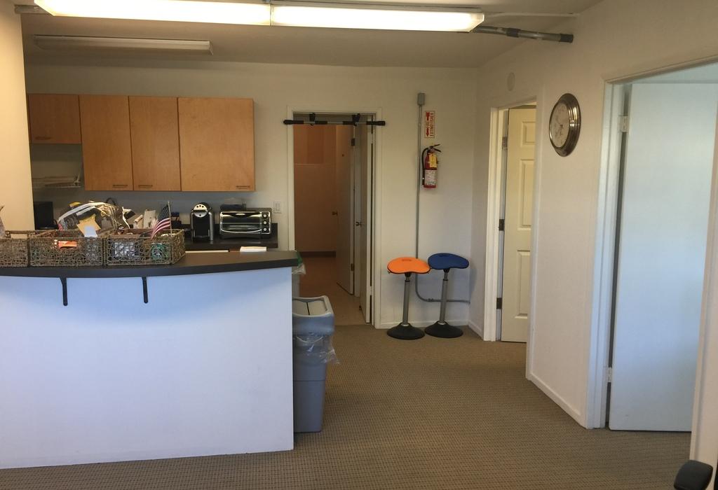 850 Stanton Rd, 2C Burlingame, CA 94010