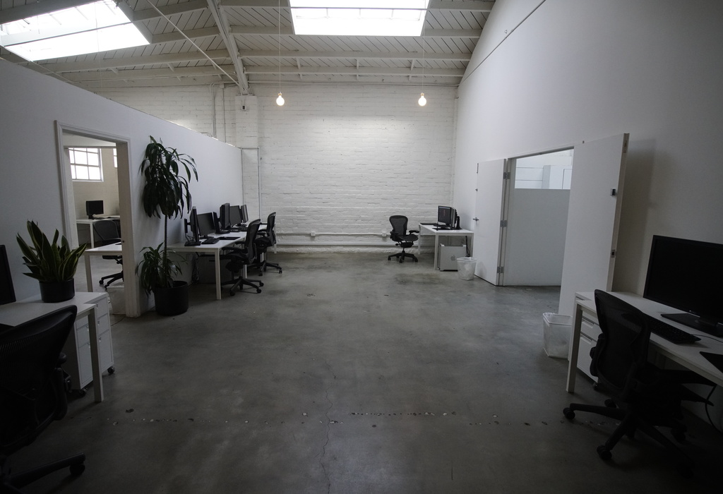 11725 Mississippi Ave Los Angeles, CA 90025