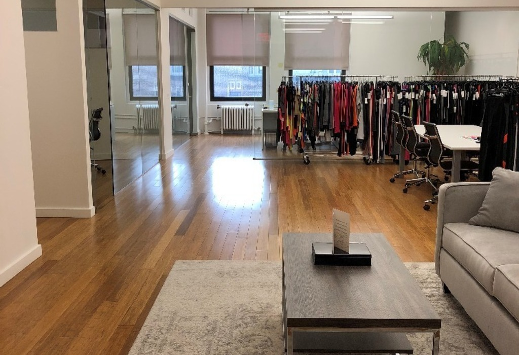 525 7th Ave, Suite 1906 New York City, NY 10018