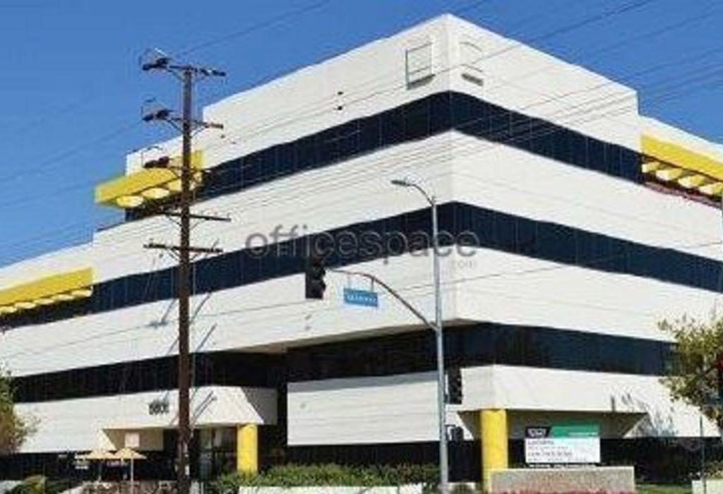 6800 Owensmouth Ave, 320 Canoga Park, CA 91303