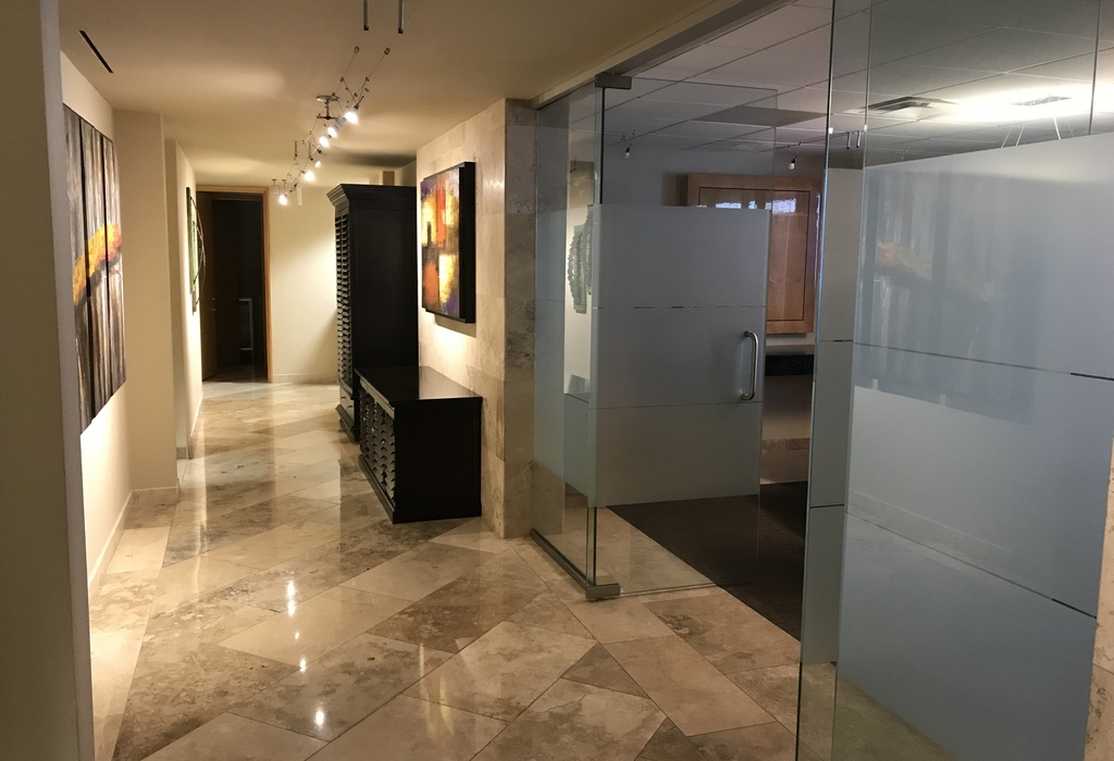 2525 E Arizona Biltmore Circle, Suite D140 Phoenix, AZ 85016