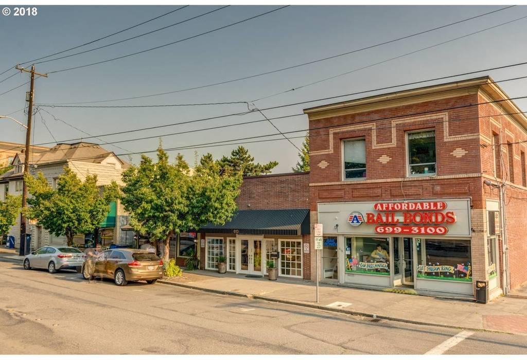 613 W 11th St Vancouver, WA 98660