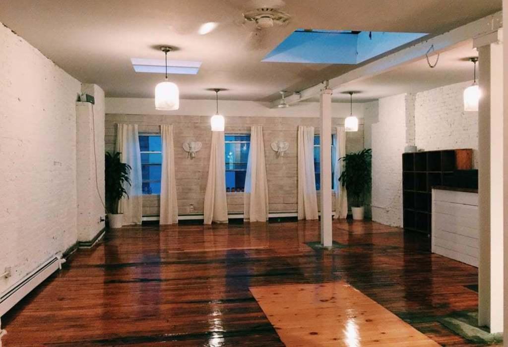 68 Greenpoint Avenue, 4th Floor Brooklyn, NY 11222