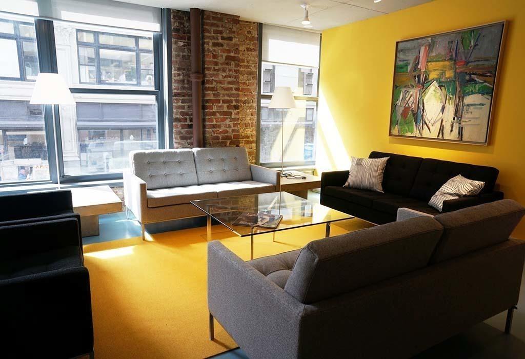 246 5th Ave New York City, NY 10001