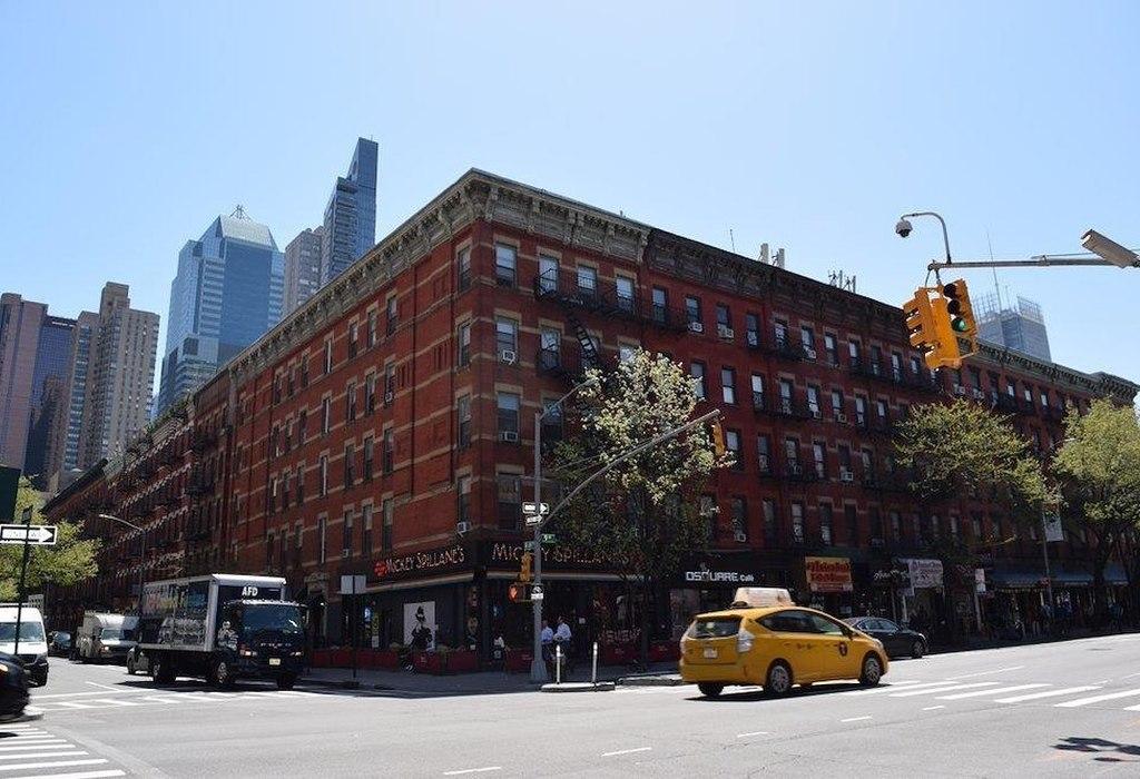 353 West 48th Street, 4th Floor New York City, NY 10036