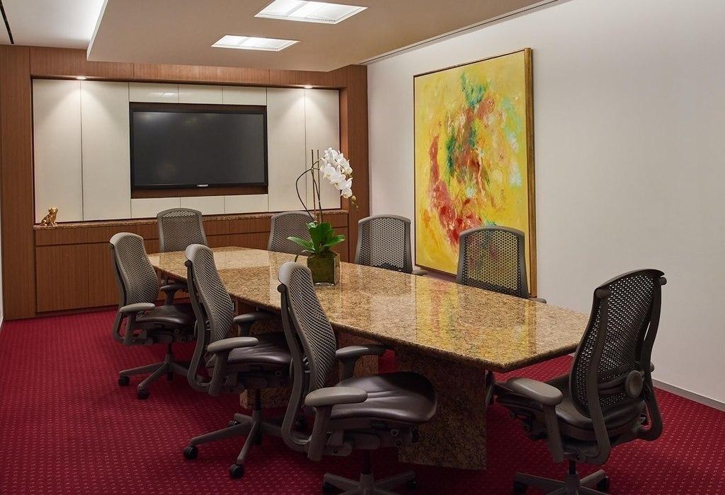 375 Park Avenue, Suite 2607 New York City, NY 10152