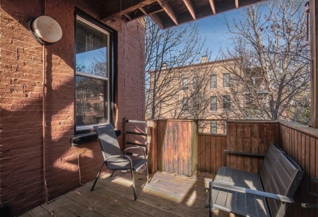 2059 Clifton Ave, Unit 1 Chicago, IL 60614
