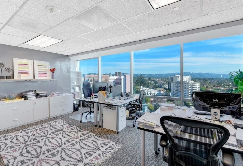 1100 Glendon Avenue, 17th Floor Los Angeles, CA 90024